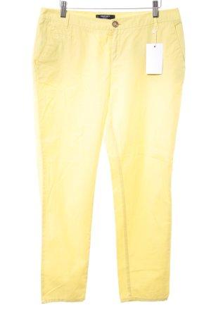 Mango Chinos yellow casual look