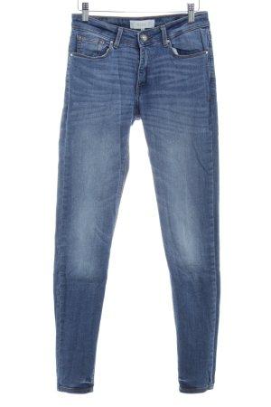 Mango Denim & Tees Skinny Jeans stahlblau-hellblau Street-Fashion-Look