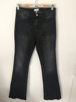 Mango Flared Jeans Grauschwarz