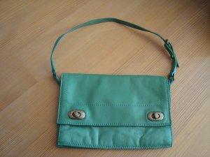 Mango Handtasche Clutch hellgrün/mint aus Leder
