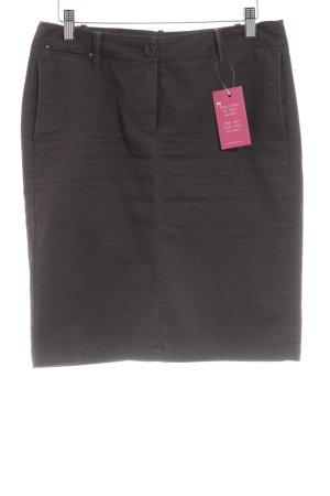 Mango Falda de talle alto marrón oscuro look casual