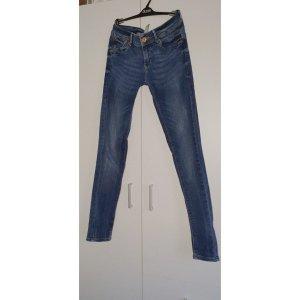 Mango Jeans! Basic! Top Zustand!