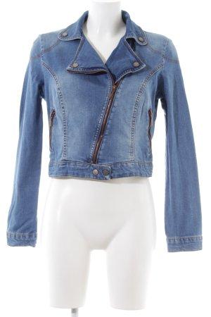 Mango Jeans Jeansjacke blau Street-Fashion-Look