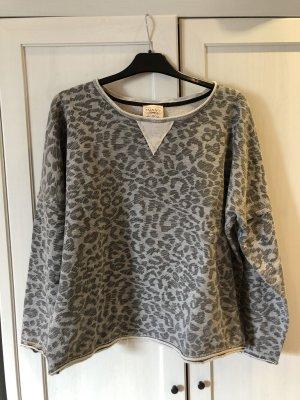 Mango Jeans Sweatshirt, grau, Leopardenmuster, Gr. M