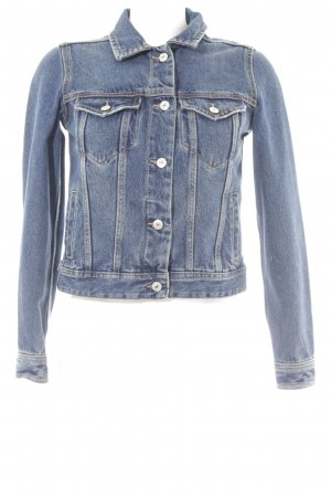 Mango Jeansjacke blau Street-Fashion-Look