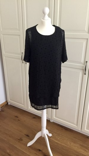 Schwarzes kleid mit blumen mango