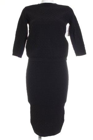 Mango Kostüm schwarz grafisches Muster Casual-Look