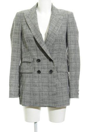 Mango Kurz-Blazer schwarz-weiß Street-Fashion-Look