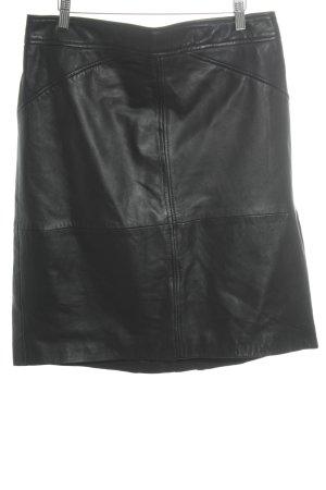Mango Falda de cuero negro Estilo ciclista