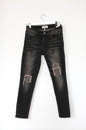 Mango ripped Skinny Jeans Neu mit Etikett cropped Gr. 38 grau schwarz
