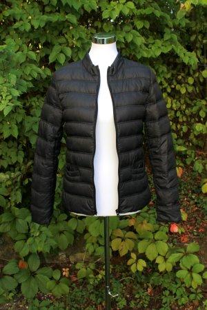 Mango schwarze Jacke / Steppjacke / leichte Daunenjacke / Übergangsjacke Gr. S