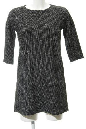 Mango Robe t-shirt noir-argenté motif à chevrons style décontracté