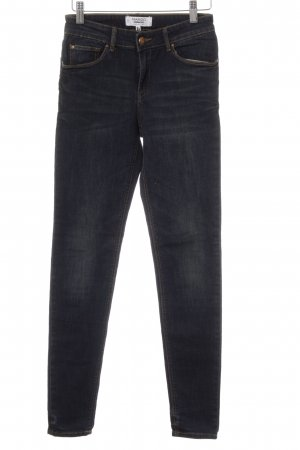 Mango Skinny Jeans dunkelblau Street-Fashion-Look