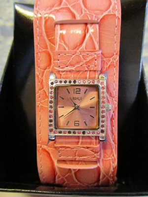 MANGO: Uhr mit etwas breiterem Band in Reptiloptik - NEU