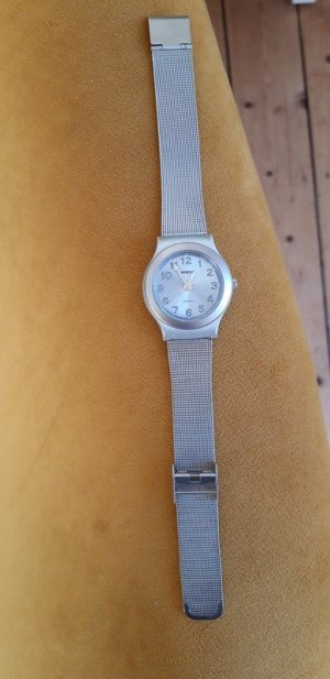 Manguun Uhr silber mit blauem Ziffernblattv