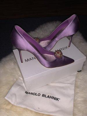 Manolo Blahnik Bottana Satin Violet Gr.40 neu