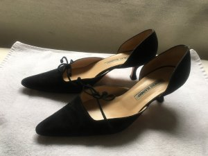 Manolo Blahnik Mary Jane Pumps black suede