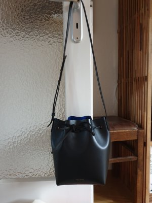 Mansur Gavriel Bucket Bag Standardgröße