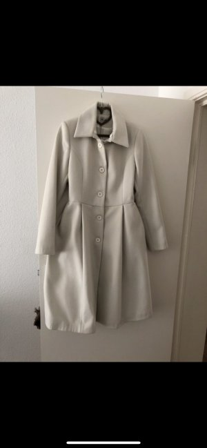 Abrigo de forro blanco puro
