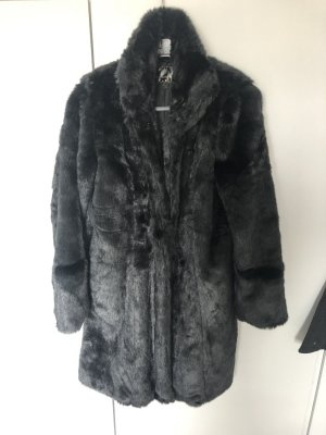 b.p.c. Bonprix Collection Abrigo de invierno negro piel artificial