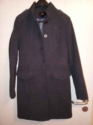 H&M Gabardina tipo vestido gris oscuro