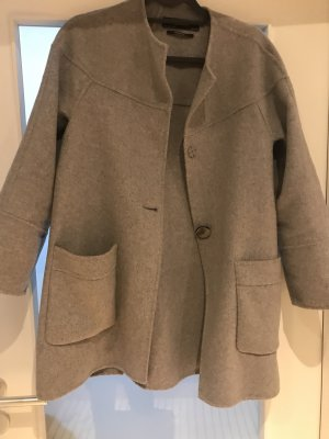 Mantel A Form grau
