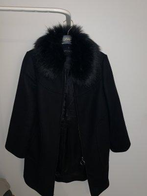 Zara Woman Abrigo de piel negro