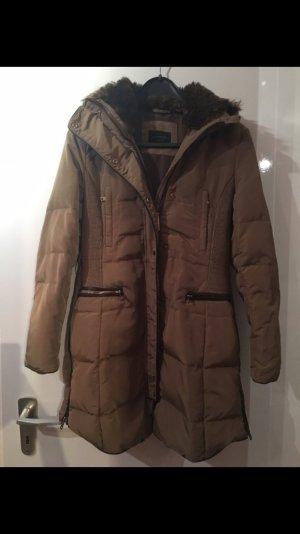 Mantel Anorak von Zara