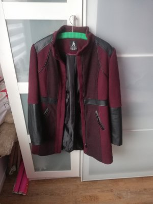 Abito cappotto nero-bordeaux