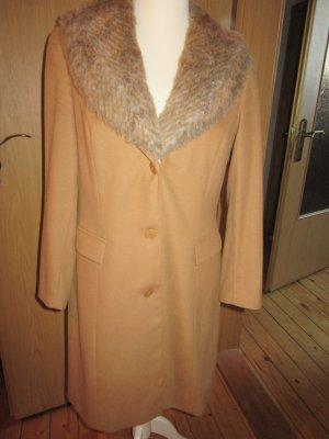 Mantel beige Gr. 40 von Apart