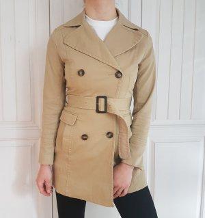 Mantel Braun Beige Nude Jacke Trenchcoat trench coat bluse hemd pulli pullover sweater hoodie