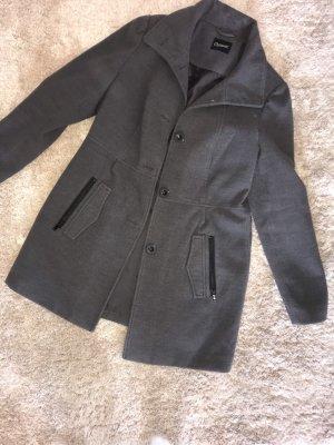 outerwear Abrigo de lana gris oscuro