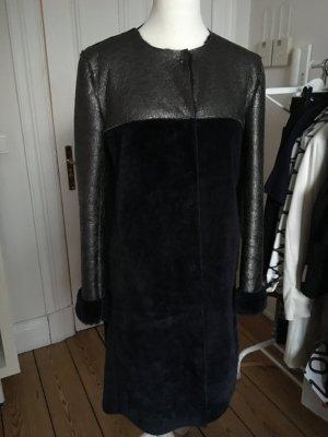 Mantel Gr. 36/38 Fake Fur, anthrazit-blau, vom dänischen Label De Hart