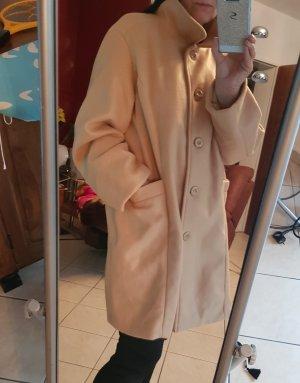 Mantel GR 48 / 50 in sehr guten Zustand, wenig getragen.Kuschelig