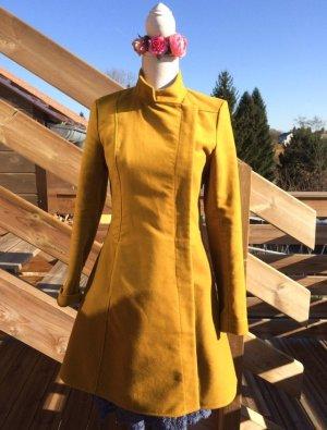 Wool Coat primrose