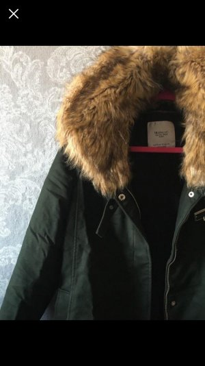 Zara Trafaluc Veste en fausse fourrure vert foncé-kaki