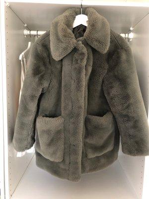 H&M Fake Fur Coat khaki