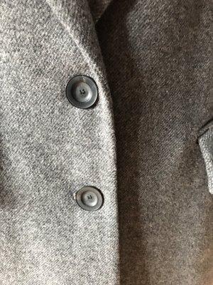 Mantel im klassischen Herrenschnitt