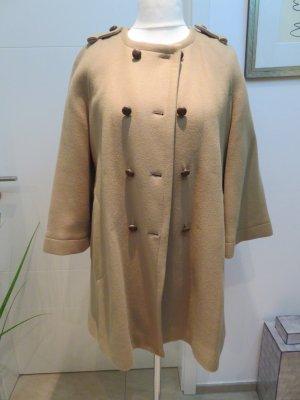 Mantel im Valentino Style Spring 2018 Camelfarben Kurzmantel Wollmantel in lockerem Schnitt von Zara Woman in Groesse L Kurzmantel