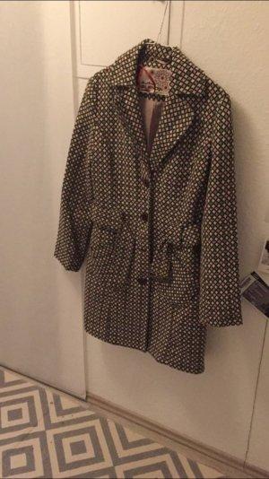 Mantel im Vintage-Style
