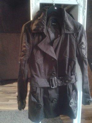 Mantel in dunkelbraun mit Gurtel