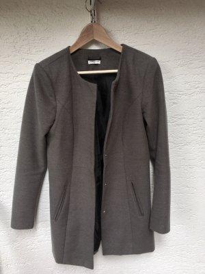 Mantel in grau