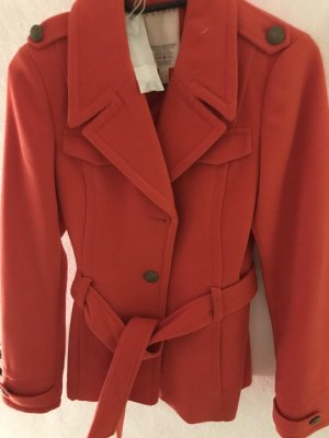 Mantel in knalligem Orange