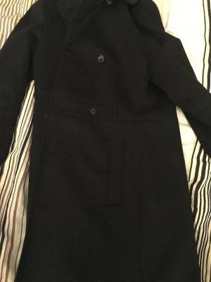 Mantel in schwarz mit weichem Fell außen von Vero Moda