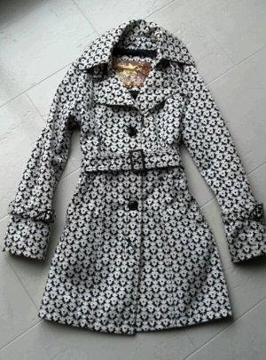 Mantel in Schwarz Weiß mit Pferdeprint