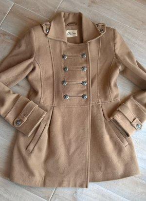 Manteau court chameau-brun sable