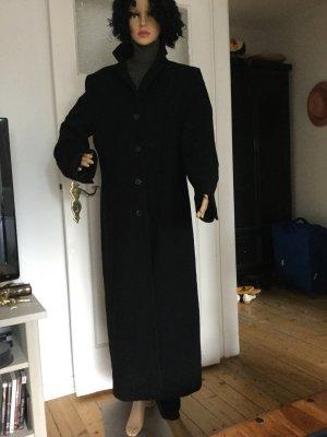Abrigo de invierno negro