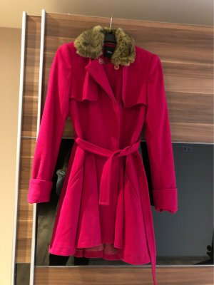 Mantel mit Fellkragen