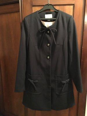 Mantel mit Schleifen