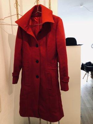 Mantel, rot